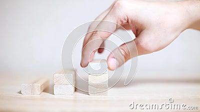Crecimiento, éxito empresarial concepto de los bloques de madera metrajes