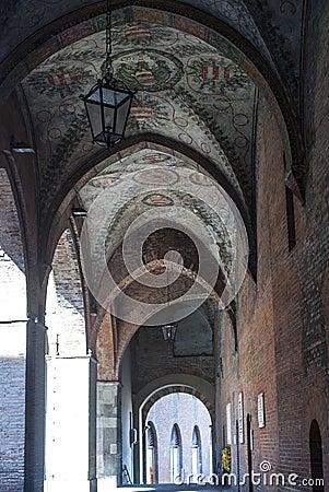 Cremona, portico