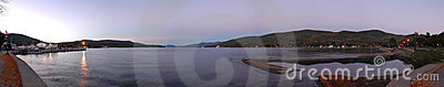 Crepúsculo de George del lago