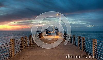 Crepúsculo en el embarcadero