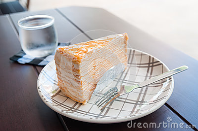 Crepe Cake and beverages
