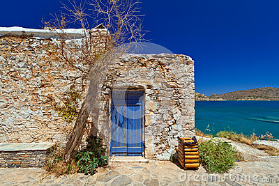 Cretan architecture at Mirabello Bay