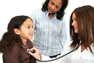 Criança no doutor