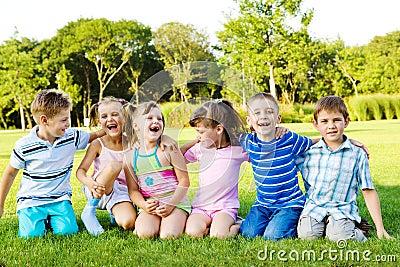 Crianças alegres