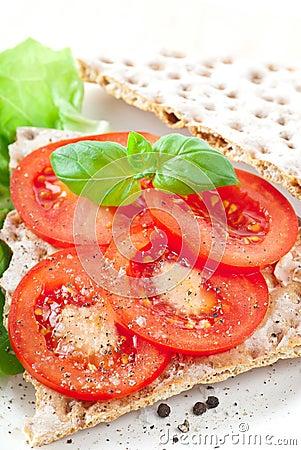 Crisp Bread With Tomato