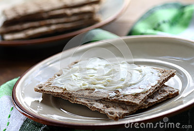Crispbread and cheese