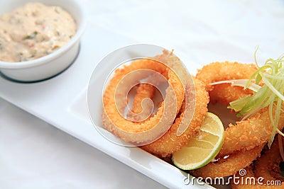 Crispy cirkeltioarmad bläckfisk
