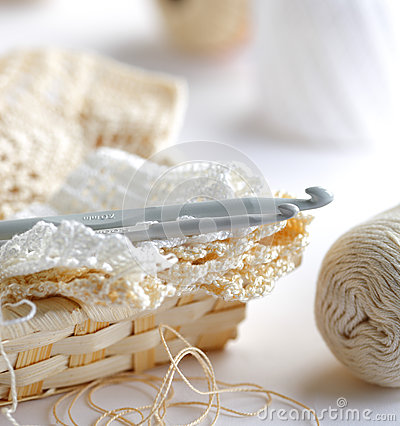 Free Crochet Hooks Royalty Free Stock Photo - 28025475