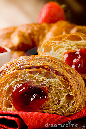Free Croissants With Marmelade Royalty Free Stock Photography - 19444307