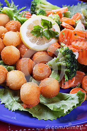 Croquettes with carrot and broccoli