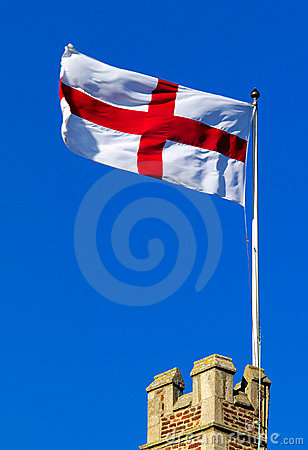 Free Cross Of St George Flying From Castle Ramparts Royalty Free Stock Photo - 486145