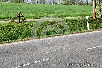 Cross at roadside