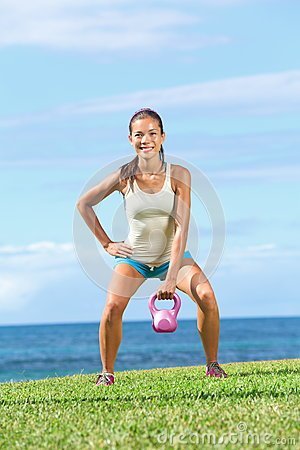Free Crossfit Fitness Exercise Woman Royalty Free Stock Photos - 26942838