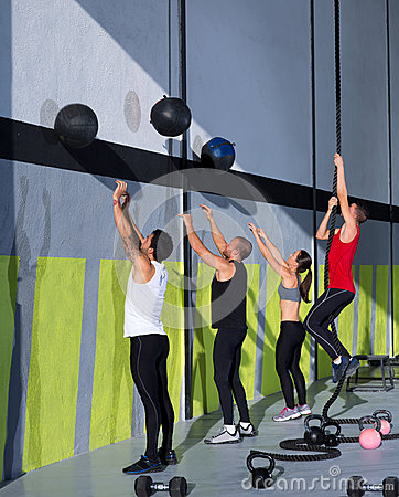 Free Crossfit Workout People Group With Wall Balls And Rope Royalty Free Stock Image - 28359406