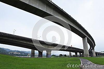 Crossing highway overhead