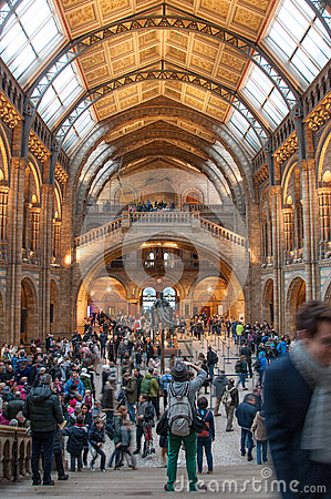 Free Crowd At The Museum Stock Image - 85154231