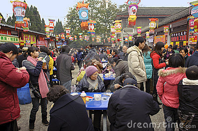 Crowded people to eat food on snack street Editorial Photo
