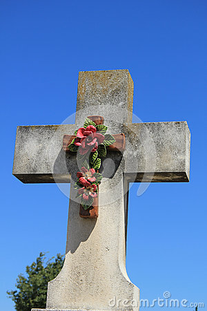 Crucifix with ceramic flowers