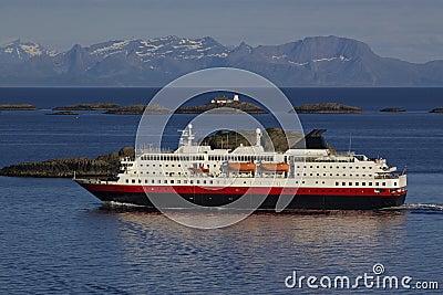 Cruise along Norwegian coast