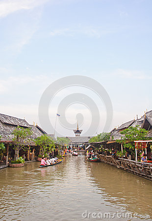 Cruise boat in the floating market Editorial Photography