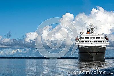 Cruiser, Amazon, Cumulonimbus
