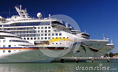 Cruise Parade