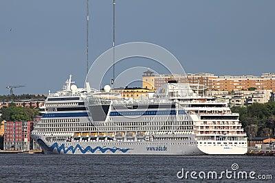 Cruise ship Editorial Photo