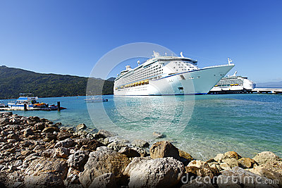 Cruise ship Caribbean vacation