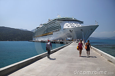 Cruise Ship delivers relief to Haiti Editorial Photo