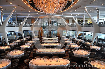 Celebrity Reflection Dining | CheapCaribbean.com Cruises