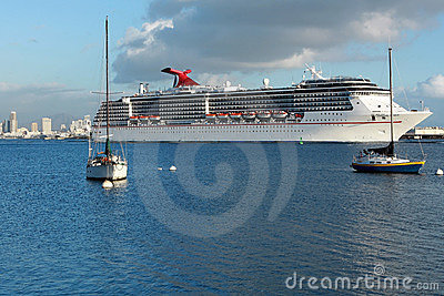 Cruise ship leaves San Diego Editorial Photography