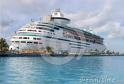 Cruise ship in Nassau harbour