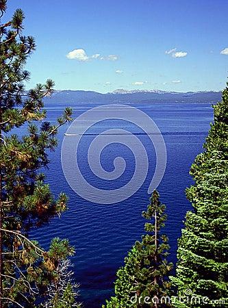 Free Cruising Lake Tahoe Stock Photos - 855253