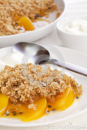 Crumble with Peach and Passion Fruit