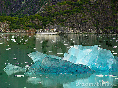 Cruse ship with Blue Ice