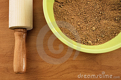 Crushed crumbs for crust
