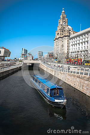 Crusing Through Liverpool