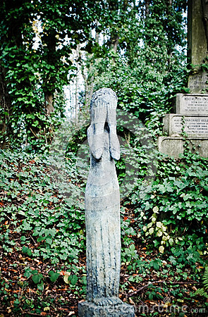 Cry statue