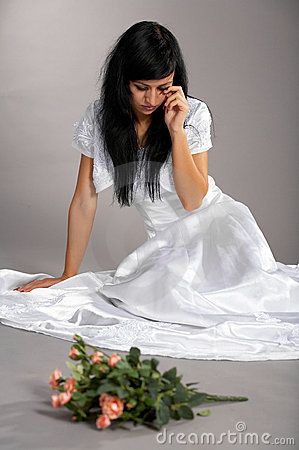 http://thumbs.dreamstime.com/x/crying-bride-12855272.jpg