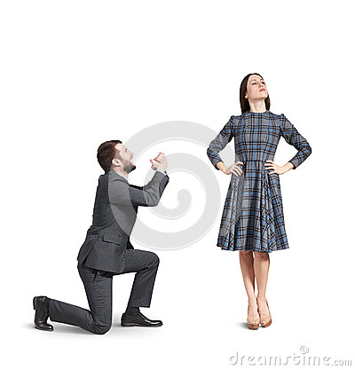 Free Crying Man Apologizing To Woman Royalty Free Stock Images - 50331349