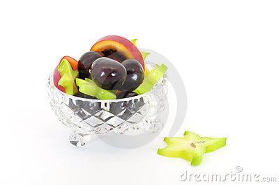 Crystal bowl with fruit