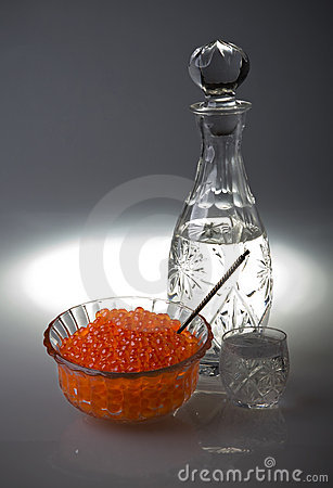 Crystal Decanter with vodka and capacity with red