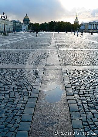 Cuadrado del palacio en St Petersburg