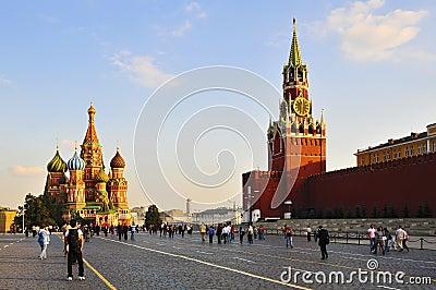 Cuadrado rojo en Moscú Foto de archivo editorial