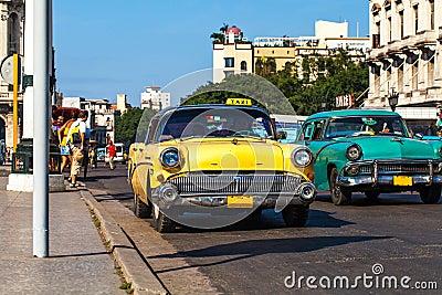 Cuba Havanna Oldtimer Taxi on the Mainstreet Editorial Stock Image