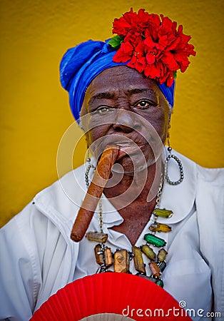 Cubaanse sigarendame Redactionele Stock Afbeelding