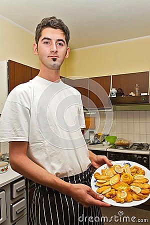Cuisinier de jeunes