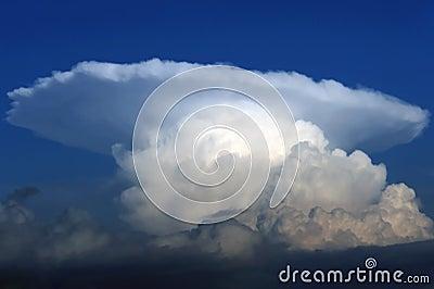 Cumulonimbus thunderstorm cloud