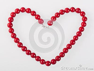Cuore dalle perle rosse di martedì grasso