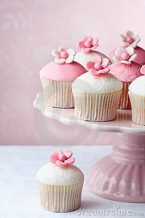 Free Cupcakes Royalty Free Stock Images - 19596999